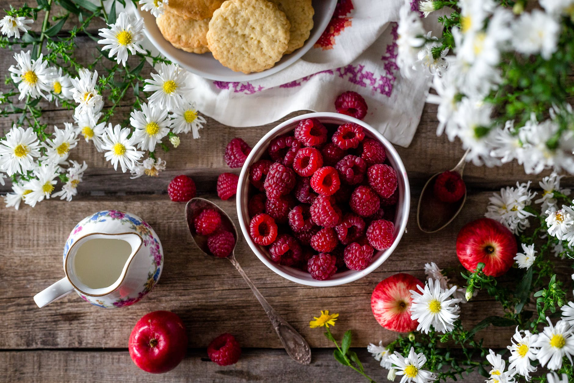 appetizer apples berries berry